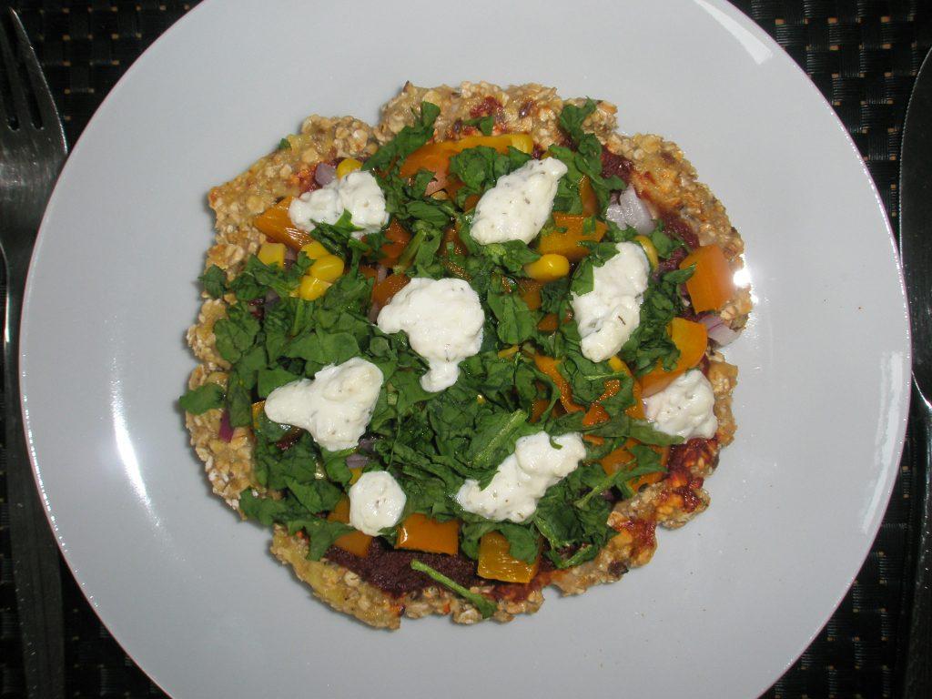 Pizza mit Fleischteig