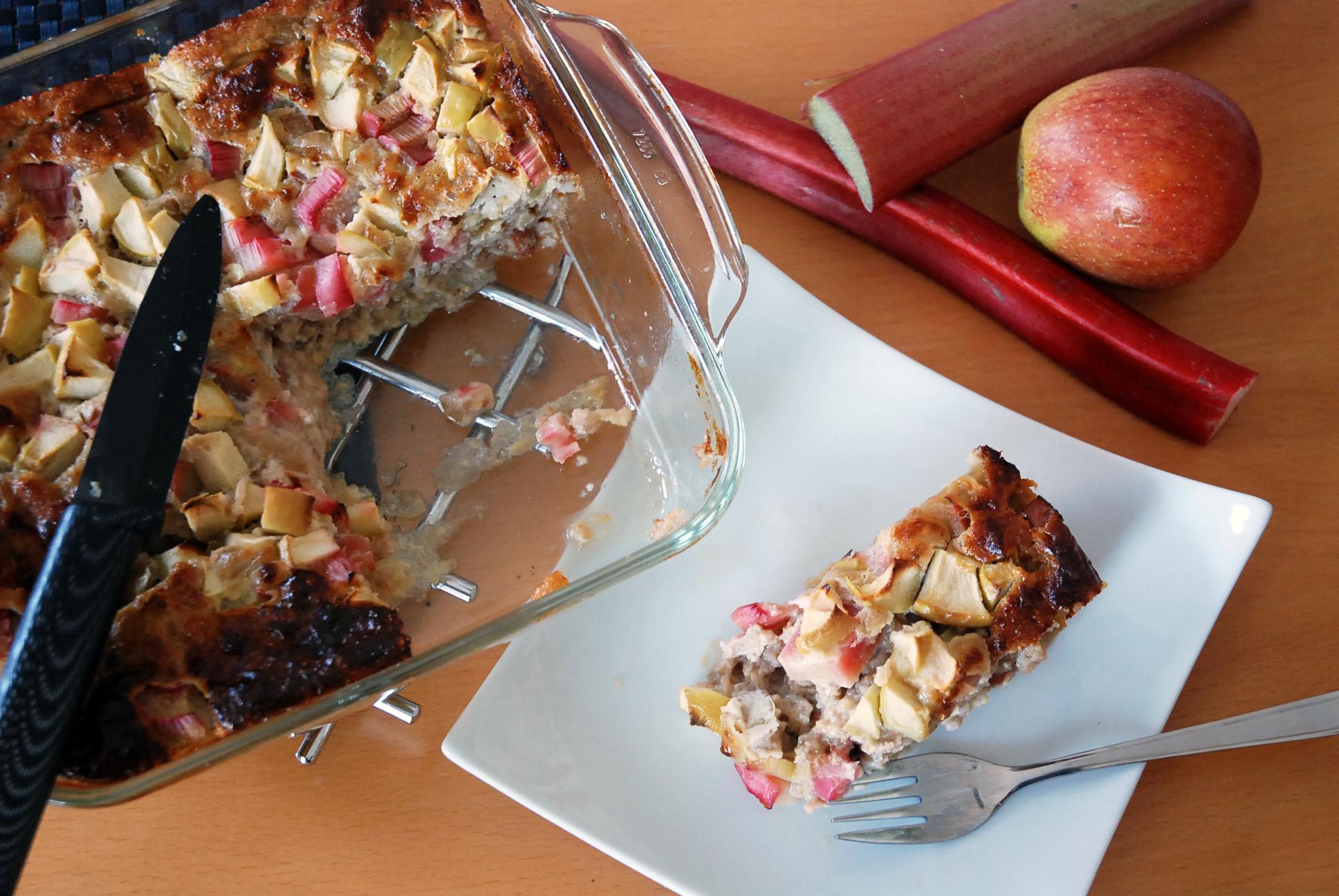 Rhabarber-Honig-Kuchen / Rhubarb-Honey-Cake