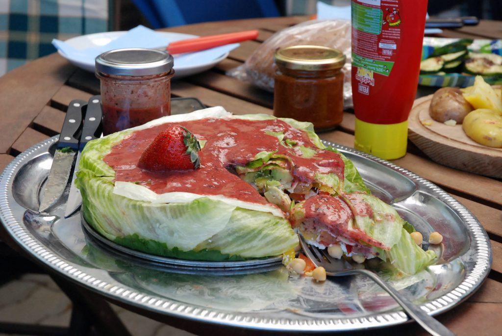 Muttertags-Salattorte / Mothers day salad cake