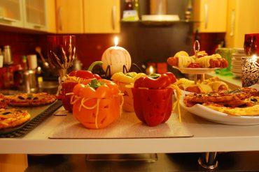 Gesundes Halloween Buffet