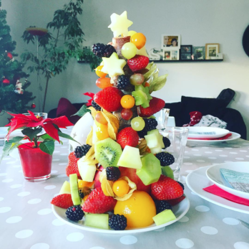 Weihnachtsbaum aus Obst
