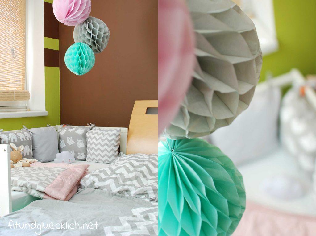 babyecke im schlafzimmer in grau und rosa