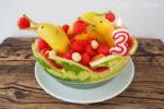 wassermelonentorte, geburtstagstorte, melonentorte, wassermelone, gesunde torte, delfine, bananendelfine