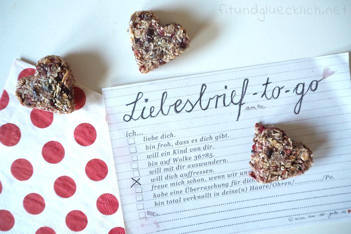 Erdbeerherzen, Snack, Praline, roh, Energiekugel, erdbeer, Valentinstag, muttertag